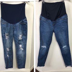 Bundle of Isabel Maternity Distressed jeans size 6